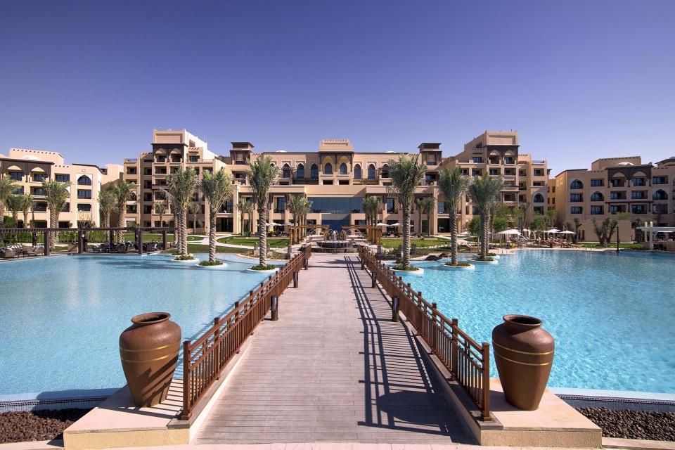 JA Palm Tree Court Beach Pool