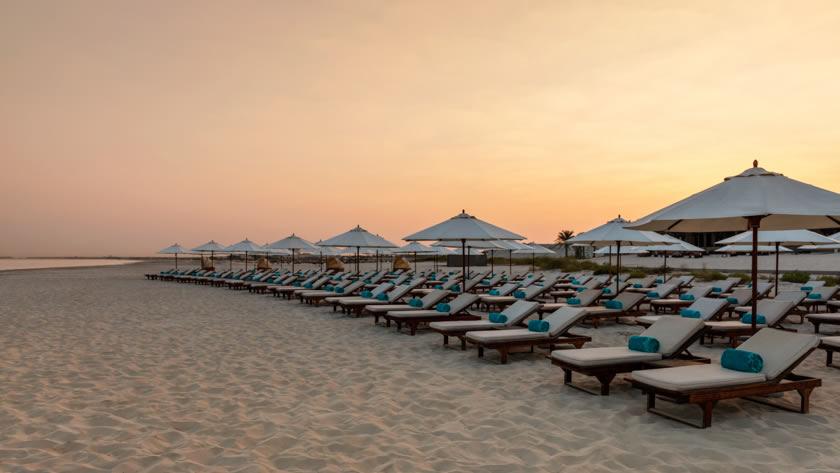 St.-Regis-Saadiyat-Island-Resort-Beach