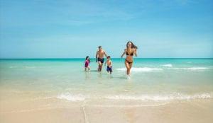 Saadiyat-Rotana-Resort-Villas-Family--Beach
