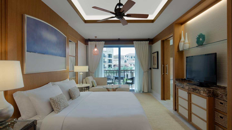 St-Regis-Saadiyat-Superior-Room-partial