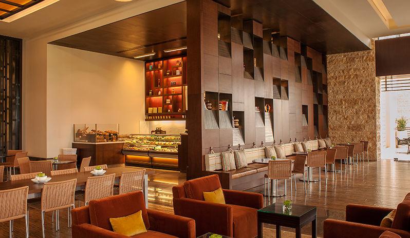 The Westin Abu Dhabi Golf Resort Spa Lounge Restaurant