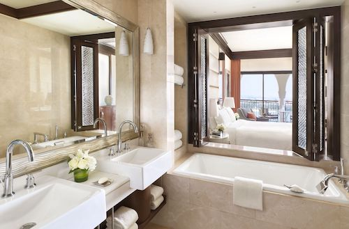 Ritz Carlton Abu Dhabi Grand Canal Deluxe Room Bathroom